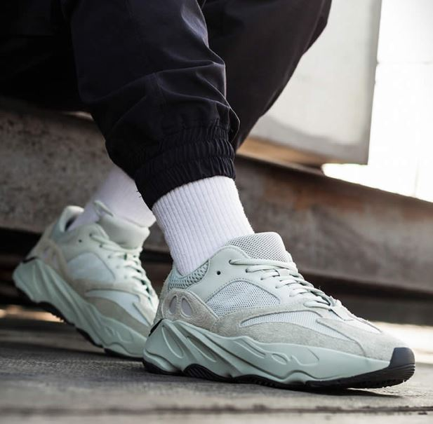 yeezy 700 giá, yeezy 700 v3, yeezy 700 v2, yeezy 700 v1, yeezy 700 rep 11, yeezy 700 giá rep, yeezy 700 sf, yeezy 700 1 1, yeezy 700 nữ, yeezy 700 nam, yeezy 700 super fake, yeezy 700 rep thường