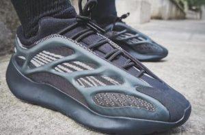 Adidas Yeezy 700 V3 Alvah Rep 1:1 2